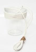 Glaspot met witte touwhanger